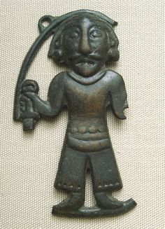 Bronze statuette of a man, Ordos, 3-1st century BCE. British Museum. Otto J. Maenchen-Helfen notes that the statuette displays clear Europoid features.