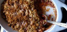 Divine Caramel-crusted Rhubarb Crumble