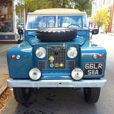 Land Rover 88 Serie II A soft top. Defender Td5, Land Rover Defender 110, Landrover Defender, Series 2 Land Rover, Land Rover 88, Volkswagen, Off Road, Expedition Vehicle, Landing