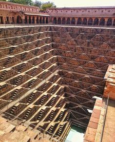 The Chand Baori is a stepwell built over a thousand years ago in Rajasthan India. Travel General, Thing 1, A Thousand Years, Grand Mosque, Chinese Architecture, Rajasthan India, Incredible India, Beautiful Landscapes, Cool Kids
