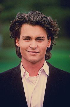 Uploaded by 'Cumberbabe. Find images and videos about johnny depp on We Heart It - the app to get lost in what you love. Johnny Depp Pictures, Young Johnny Depp, Jonny Deep, Young Actors, Cultura Pop, Celebs, Celebrities, Leonardo Dicaprio, Madame