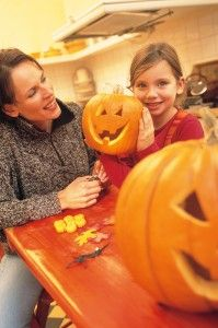 5 tips for healthy Halloween fun! Whether it's decorating ideas, trying a new recipe or visiting somewhere new- what will you do this October?