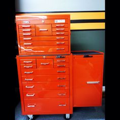 Old school Mac Garage Tools, Garage Shop, Tool Storage, Locker Storage, Tool Cart, School Tool, Paint Matching, Vintage Tools, Car Shop