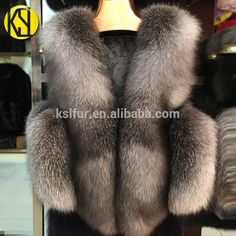 factory wholesale Custom high-density Natural color silver-blue fox hair women's waistcoat real fox fur vest for lady