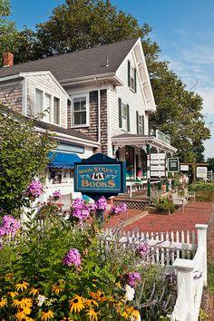 Quaint shops along Main Street , Orleans, Cape Cod, MA, USA