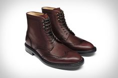 If you're going to spend some cash for a great pair of boots, they should look as nice with your work attire as they do for a relaxed weekend. The Carter boots from Jack Erwin are versatile enough to call...