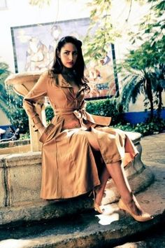 You are interested in Lena Hoschek? Fashion ads, pictures, prints and advertising of Lena Hoschek can be found here. Modern Vintage Fashion, Retro Fashion, Simple Style, My Style, Retro Style, Classic Looks, Couture Fashion, Nice Dresses, Cool Outfits
