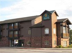 La Quinta Inn – 415 Cedar St., 800-282-0660 or 208-263-9581