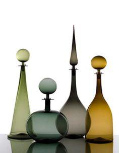 Hand-blown glass decanters. cariati glass vase accesorry interio
