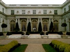Neoclassic- Another picture of the Marble House in Newport. This is the courtyard again, just a little closer.