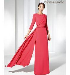 Vestido de Madrina largo en crep de corte recto