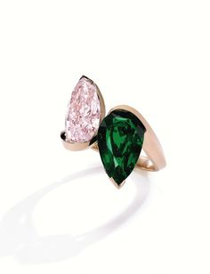 Alexandre Reza Spring/Summer 2014 Collection. Pink diamond and emerald ring.