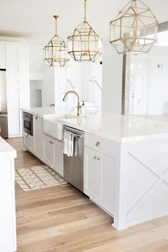 30 Elegant White Kitchen Design and Decor Ideas. 30 Elegant White Kitchen Design and Decor Ideas. A kitchen is not only one of the most necessary sections of a house, however conjointly has a major role determining the resale price of . Home Decor Kitchen, Kitchen Cabinet Design, White Marble Countertops, Home, Interior Design Kitchen, Gold Kitchen, White Kitchen Cabinets, White Kitchen Inspiration, Gorgeous White Kitchen