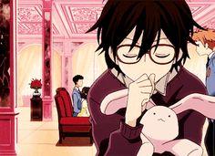 Haruhi Fujioka and the Hitachiin Twins. (.gif)