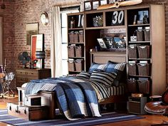 I love the PBteen York Preppy Patchwork Bedroom on pbteen.com