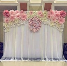 Discover thousands of images about Paper flowers backdrop wedding Paper Flower Wall, Paper Flower Backdrop, Wall Flowers, Floral Backdrop, Diy Wedding, Wedding Flowers, Dream Wedding, Floral Wedding, Wedding Ideas