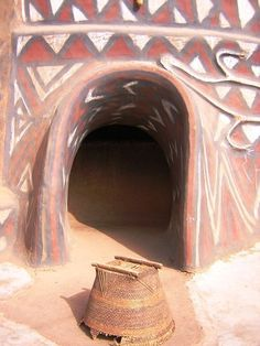 Gurunsi Village, Ghana Africa Art, Out Of Africa, West Africa, Vernacular Architecture, Architecture Design, Eco Homes, African Mud Cloth, Ivory Coast, Cob