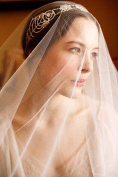 1920s inspired bridal headband: http://www.stylemepretty.com/2014/12/02/20-of-our-favorite-bridal-headbands/ #SMPLookBook