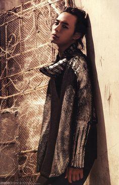 JYJ The Beginning , Yoochun
