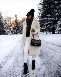 Winter Style // Winter white look.