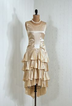 Wedding Dress, 1920s, Timeless Vixen Vintage - I know this probably isn't your style Jenna, but it sure is pretty...