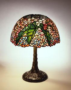 Tiffany Studios, New York Begonia Reading Lamp, ca. 1905 Leaded glass, bronze H: 16 5/8 in.; Diam: 13 ½ in. N.86.IU.1a,b The Neustadt Collection of Tiffany Glass, Queens, NY