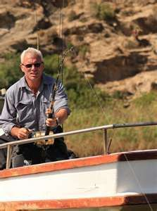 Host of River Monsters Jeremy Wade. Jeremy Wade, John Wade, Wading River, Monster Photos, River Monsters, Monster Fishing, Good Genes, Big Fish, Good People