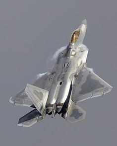 Lockheed F-22 Raptor - USAF