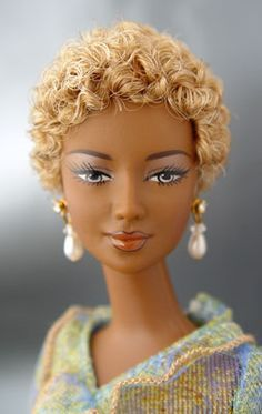 Independent Artist designs more realistic Black barbie dolls Beautiful Barbie Dolls, Pretty Dolls, Short Hair Styles, Natural Hair Styles, Manequin, African American Dolls, African Dolls, Diva Dolls, Poppy Parker