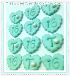 My <3 affair with Tiffany Cupcake Toppers.