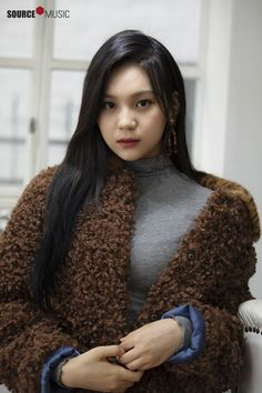 Gfriend-Umji 2019 Season's Greetings Behind Bubblegum Pop, Kpop Girl Groups, Kpop Girls, Kim Ye Won, Pose, G Friend, Female Singers, Pop Group, South Korean Girls