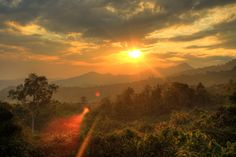 sunset in northern Thailand from Lauren at Never Ending Footsteps