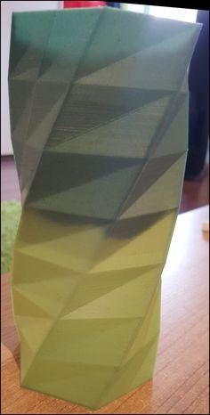 Thermo Vase aus farbwechselndem Filament