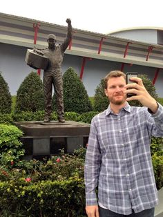 The soon-to-be world's most famous with Dale Earnhardt Jr. in front of his Dad's statue after his win at the Daytona 500 Nascar Sprint Cup, Nascar Racing, Dale Earnhart Jr, Daytona 500 Winners, Kevin Harvick, Tony Stewart, Dale Earnhardt, Fast Cars, My Idol