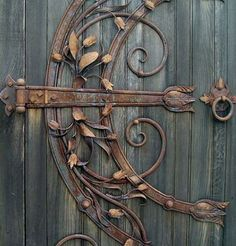 Real Life fairy Door - want one from Faerie Magazine