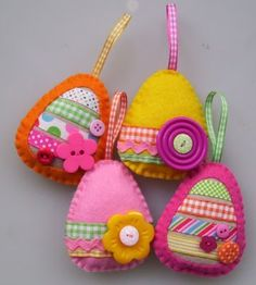 Love these sweet little felt Easter Eggs, you could make simple versions as a first sewing project, just cut out the shapes for your child to sew together and then glue on decorations.
