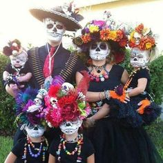 Day of The Dead - best costumes! Dia de muertos-Mexico, cultura, tradicion - Calavera Catrina Day of the death Costume Halloween, Happy Halloween, Diy Halloween Costumes For Kids, Halloween 2015, Holidays Halloween, Halloween Decorations, Halloween Party, Halloween Stuff, Skeleton Costumes