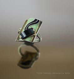 Art Deco gilded 935 silver, matt enamel and onyx ring, Gustav Braendle -Theodor Fahrner,