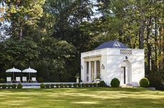 Memphis stunner by southern architect James F. Carter