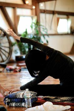 #yoga, #sidestretch, #yogaeveryday, #yogastudio, #moyo, #skippack