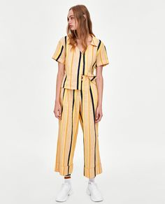 Image 1 of STRIPED CROPPED TROUSERS from Zara