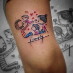 Creative Mom Minimalist Tattoos Mom tattoos look great, makes you feel the love for your mother forever. There are many styles and designs in which a mom tattoo can be done. Father Tattoos, Mommy Tattoos, Mother Daughter Tattoos, Family Tattoos, Tattoos For Daughters, Mama Tattoo, Tattoo You, Family Tattoo Designs, Tattoo Designs Men