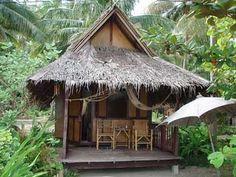 This has a thai feel or south east asian. Surf Shack, Beach Shack, Beach Huts, Cabana, Thailand Beach, Treehouse Cabins, Jungle House, Bamboo House, Hawaii Homes