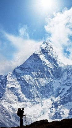 Hiking In Himalaya, Nepal Monte Everest, Voyage Nepal, Trekking, Mountaineering, Adventure Is Out There, The Great Outdoors, Wonders Of The World, Adventure Travel, Places To See