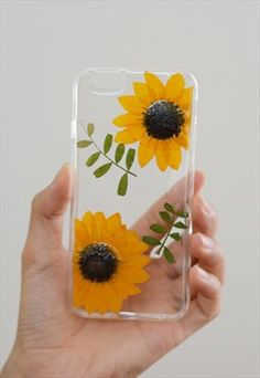Diy phone cases 317292736232456680 - Sunflowers case for Iphone & Samsung Source by adelebuendia Art Phone Cases, Diy Phone Case, Iphone Cases, Coque Iphone, Iphone 7, Apple Iphone, Diy Sharpie, Handy Case, Aesthetic Phone Case