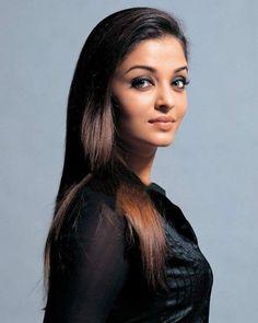 saturday - whatever it takes - Aishwarya Rai - Actress Aishwarya Rai, Aishwarya Rai Bachchan, Bollywood Actress, Arab Celebrities, Bollywood Celebrities, Bollywood Stars, World Most Beautiful Woman, Indian Bridal Makeup, Provocateur