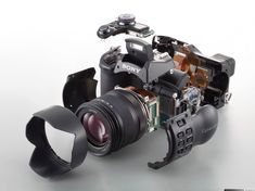 http://a.img-dpreview.com/reviews/sonydscf828/Images/exploded.jpg