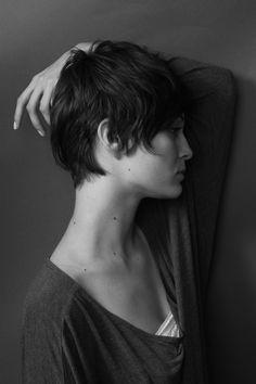 if I ever get my ears sewn up, this will be the first haircut I get! I miss short hair so bad