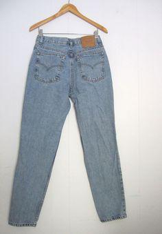 Vintage Blue Levi s 512 High Waisted Mom Jeans Slim Fit Tapered Leg Denim  28