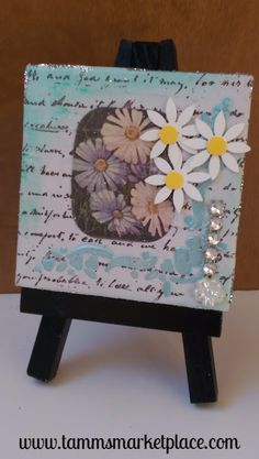 """Mini Canvas with Easel titled """"Daisies"""" – Mixed Media Art with Flowers - Mini Leinwand Kunst Mini Canvas Art, Map Canvas, Creative Arts And Crafts, Crafts To Do, Mixed Media Canvas, Mixed Media Art, Altered Canvas, Watercolor Mixing, Medium Art"""